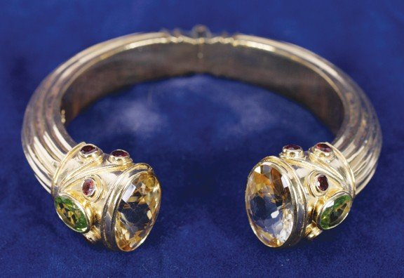 17: Citrine and peridot gold plated silver hall marked