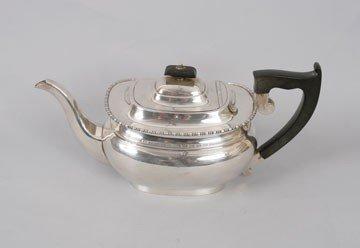 755: Silver tea pot
