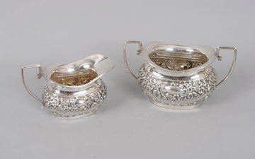 772: Silver cream jug and sugar bowl