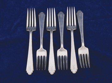 Set of twelve sterling silver tea spoons