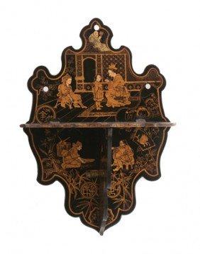 Nineteenth-century Oriental Lacquered Bracket