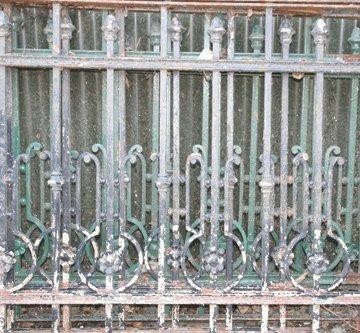 22: Cast iron railings