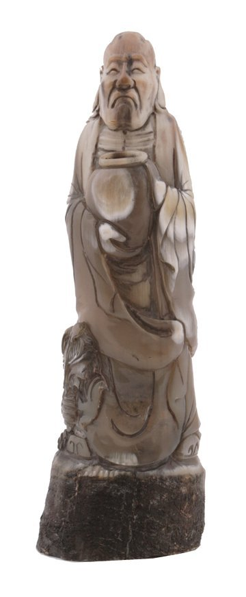 683: Eighteenth/nineteenth-century Chinese carved ox ho