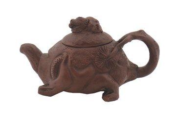 698: Chinese ceramic tortoise tea pot