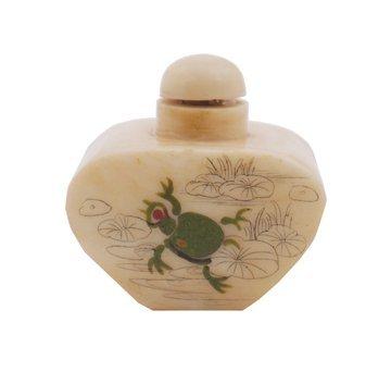 701: Qing dynasty ivory snuff bottle
