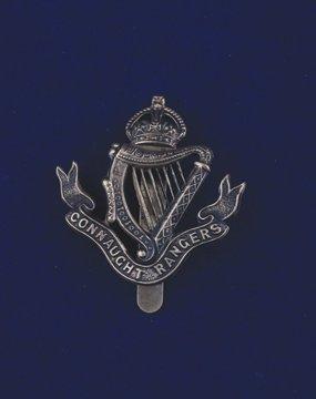 556: Connaught Rangers cap badge