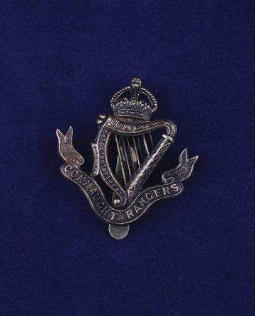 558: Connaught Rangers cap badge