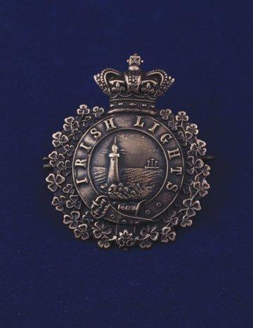 570: Irish Lights cap badge