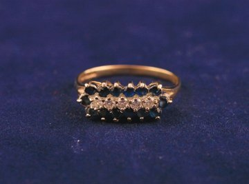 Oblong sapphire and diamond ring