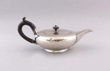 Silver bachelor's tea pot
