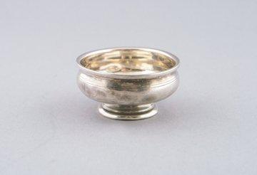 Small silver wine cup