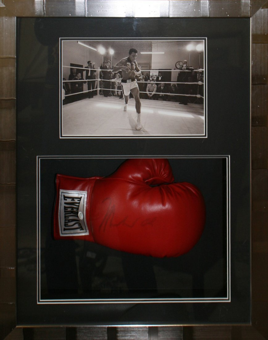 Signed Muhammad Ali boxing glove, with certificate