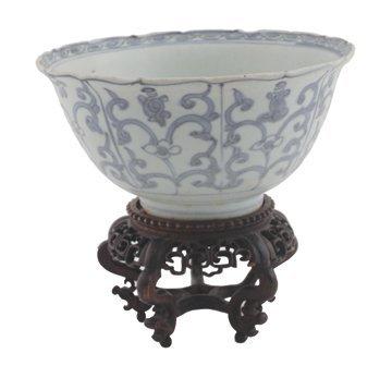 Chinese Ming period bowl,