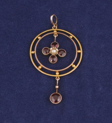 Victorian 9 ct. gold Art Nouveau garnet and seed pearl