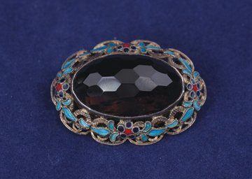 Vintage Chinese export gilt silver and enamel brooch