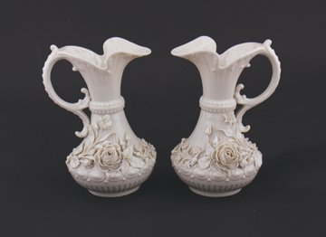 Pair of 2nd Period Belleek pottery Aberdeen jugs