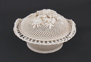 3rd Period Belleek pottery oval covered basket