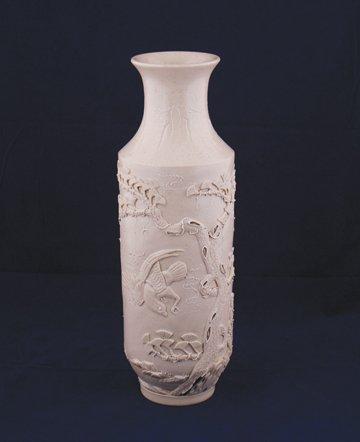 Wang Bing Rong white glazed vase