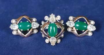 Silver ring and earrings with jade stone