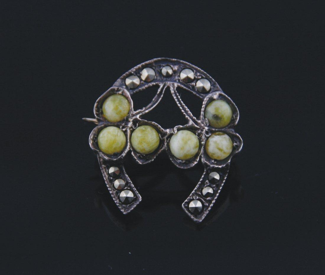 Irish silver horse shoe shaped brooch