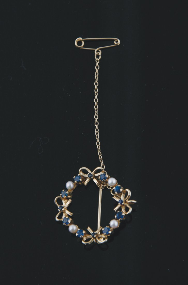9 ct. gold sapphire and pearl brooch