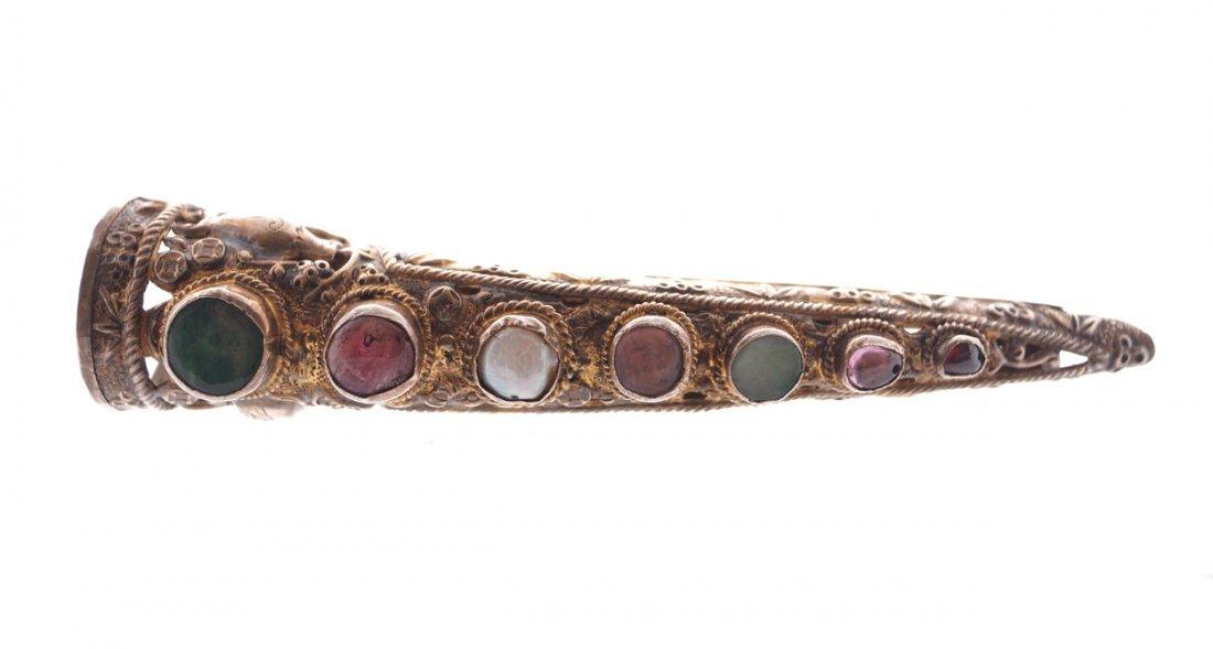Filigree silver and gem mounted false nail