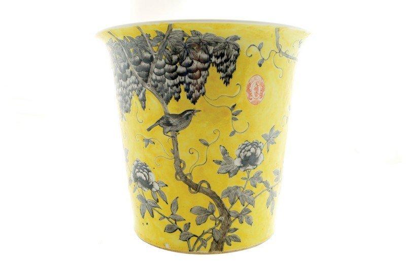 A Chinese famille jaune da ya zhai planter, late