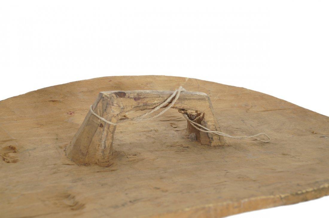Carved twentieth-century African shield - 6