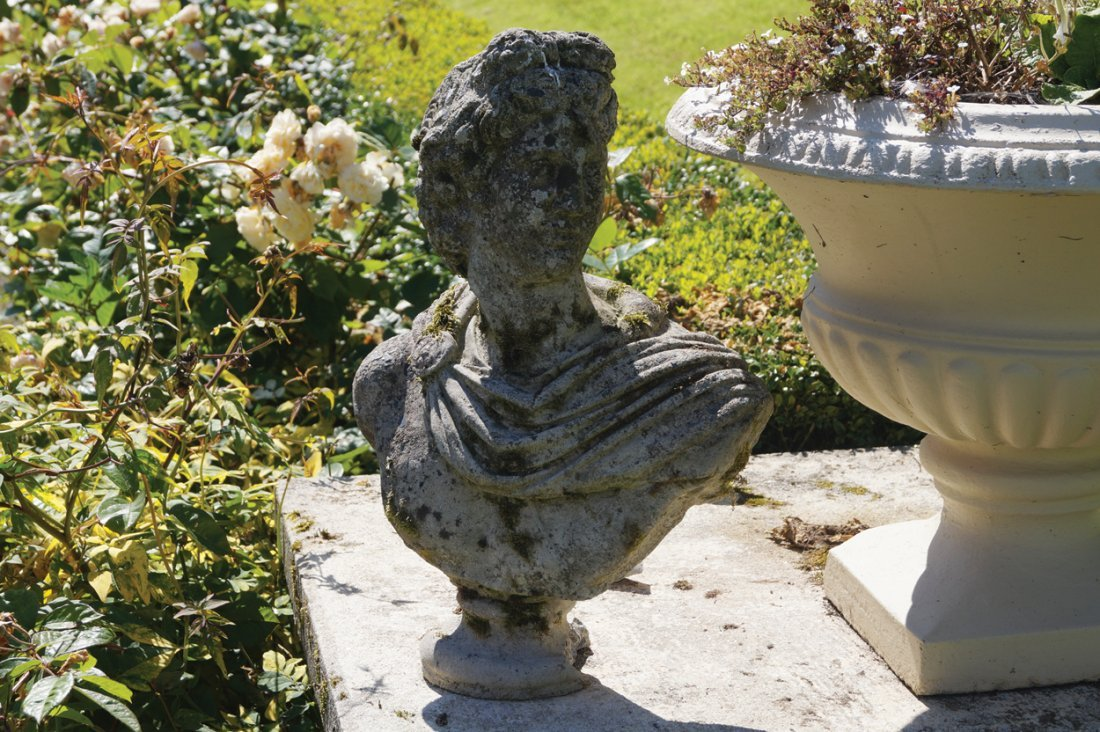 RECONSTITUTED STONE BUST