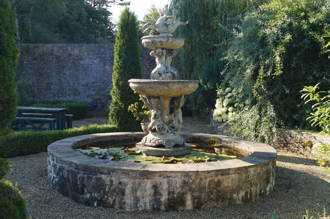 MAGNIFICENT BRONZE TWO TIER FOUNTAIN