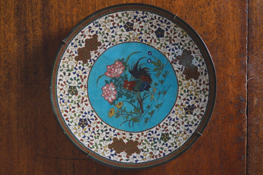 CHINESE QING PERIOD CLOISONNE ENAMELLED CHARGER