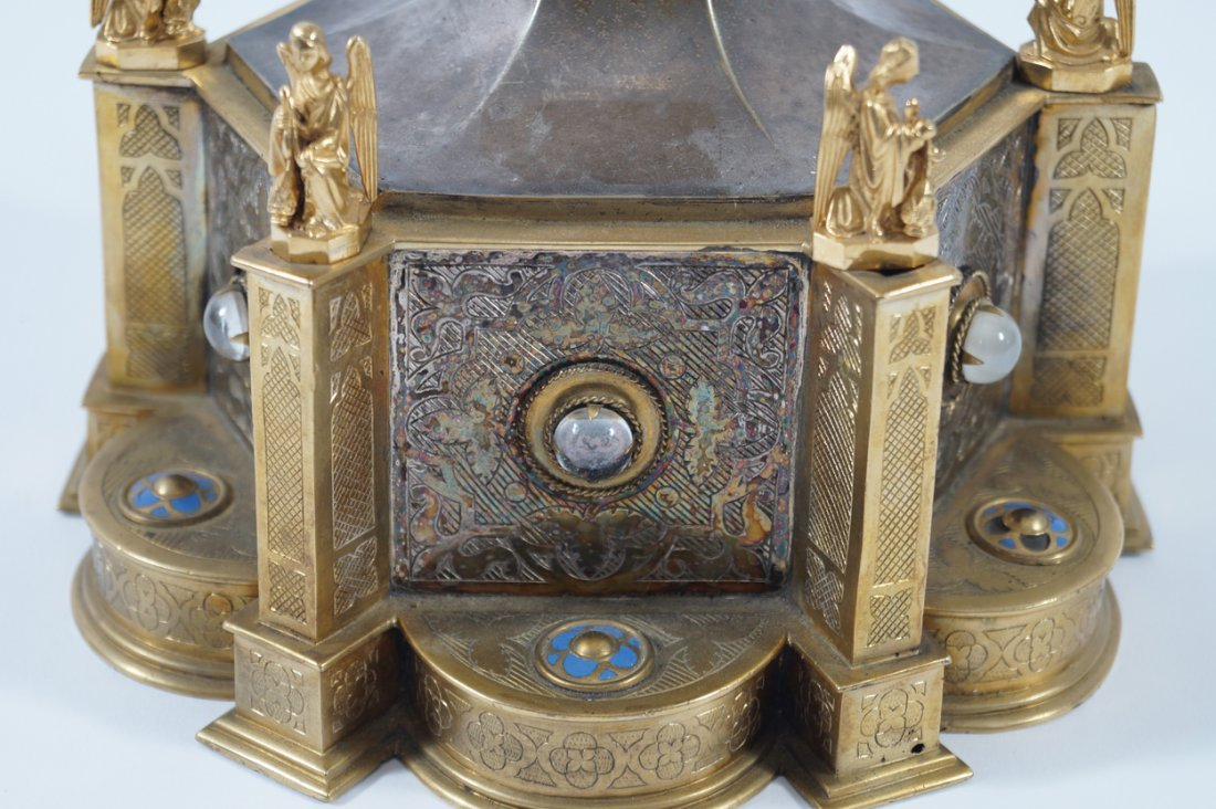 NINETEENTH-CENTURY SILVER AND ORMOLU MONSTRANCE - 3
