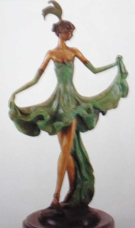"904A: ""Sophistication"" Bronze Sculpture Inspired by Ica"