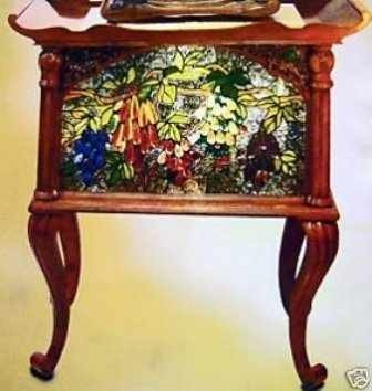 1003: Lighted  Stained Glass Oak Accent Table
