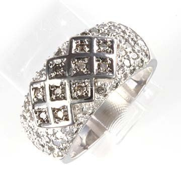 42: 1.5 CTW. DIAMOND BAND RING IN 10KW GOLD