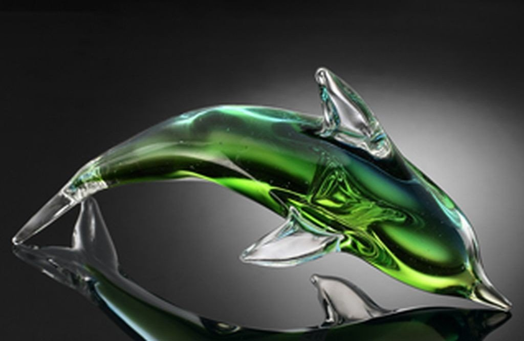 22: ART GLASS GREEN DOLPHIN