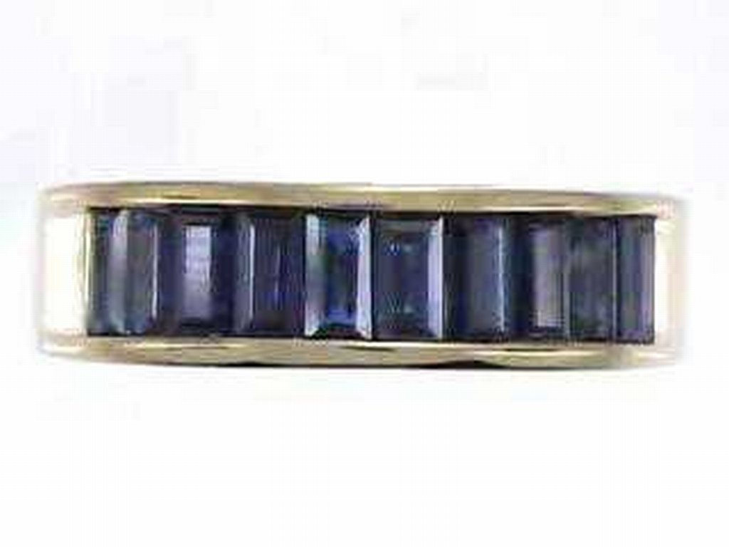 14: 14K BLUE SAPPHIRE RING
