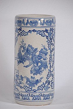 15: BLUE PORCELAIN ANTIQUE VASE