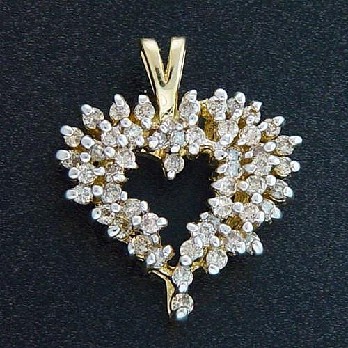 1313: 1CTW DIAMOND HEART PENDANT
