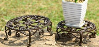 4: NESTED FLOWER PLANT STANDS - SET OF 2