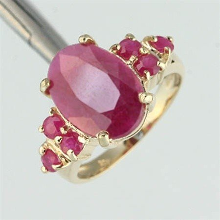 100025: 4.0CTW RUBY RING 10KY