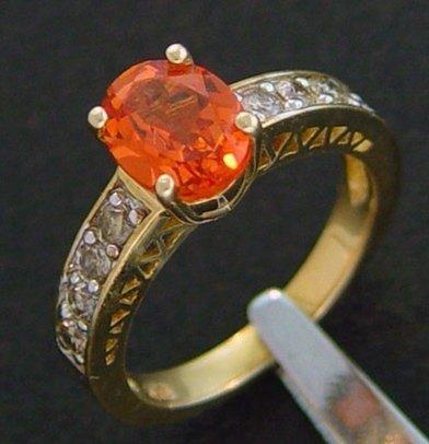 500009: 2.50 CTW DIAMOND & CREATED ORANGE SAPPHIRE RING