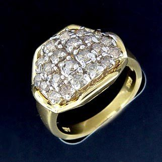 300027: 1.5 CTW. DIAMOND RING IN 10KY GOLD