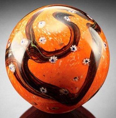 700039: ART GLASS SPHERE / PAPERWEIGHT