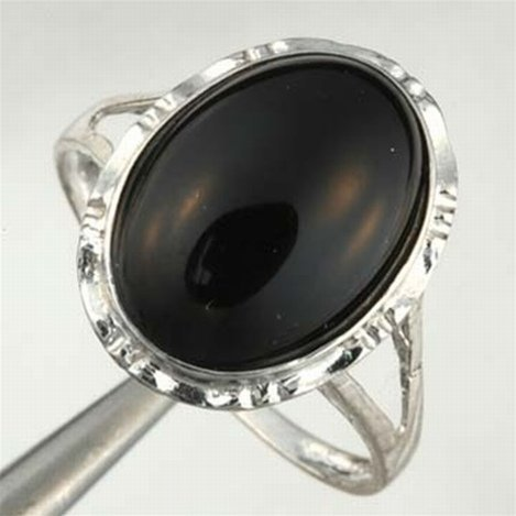 ONYX RING IN 10KW GOLD
