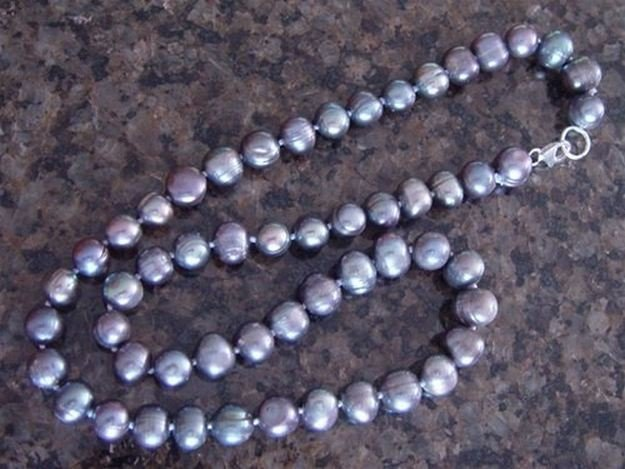 """GENUINE 20"""" GREY PEACOCK CULTURED PEARL NECKLACE"""
