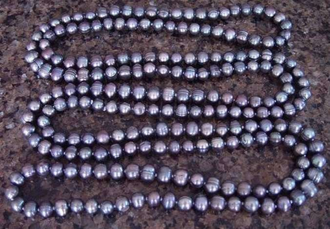 "GENUINE40"" GREY PEACOCK PEARL NECKLACE"