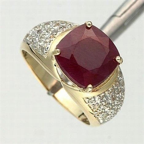 3.0 CTW. RUBY & DIAMOND RING - 10KY GOLD