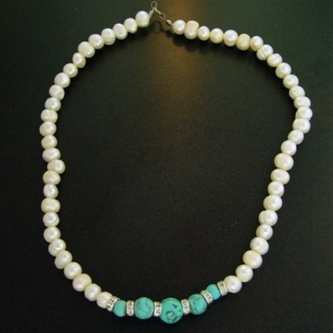 """18"""" WHITE PEARL & TURQUOISE MAGNESITE NECKLACE"""