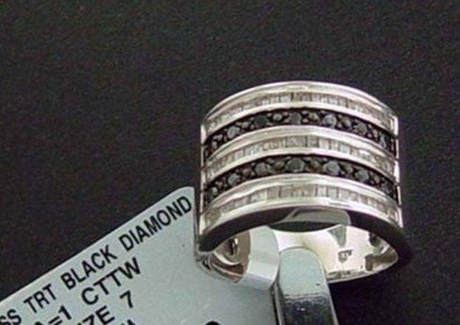 1 CTW. BLACK & WHITE DIAMOND RING - STERLING